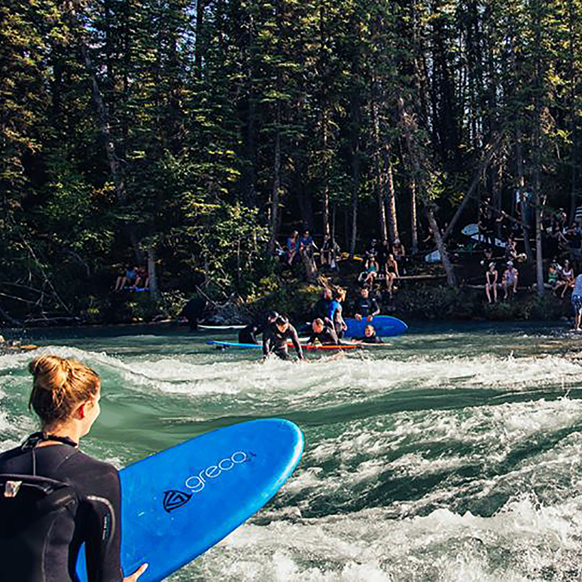 River surfing community