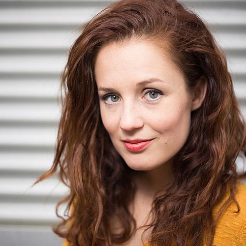 Julia Grochowski Creator Profile