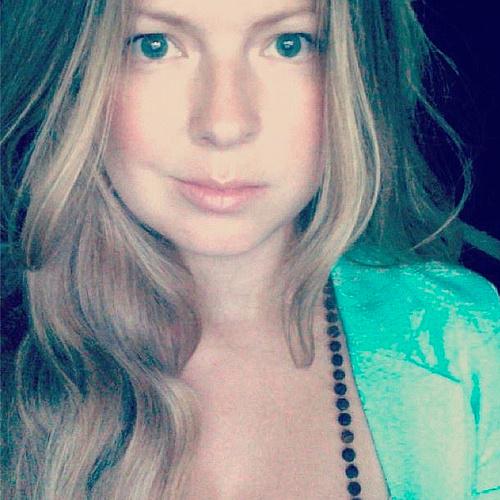 Alexandra Staseson Creator Profile