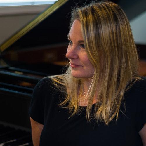 Jacqueline Perriam Creator Profile